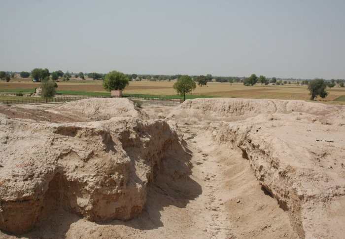 Remnant of a street in the urban centre of Kalibangan. The Ghaggar-Hakra palaeo