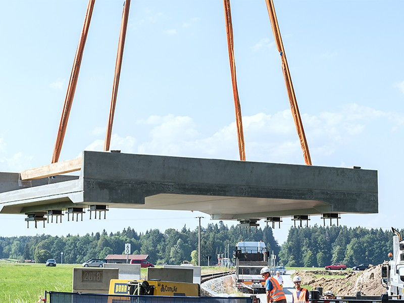 The first railroad bridge in Germany made of ultra-high performance concrete (UH