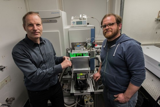 Klaus Dreisewerd (left) and Jens Soltwisch in 2017 during the installation of th