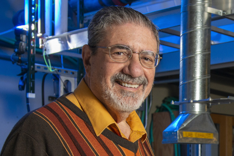 Chemistry Richard Zare and his lab have shown that water microdroplets spontaneo