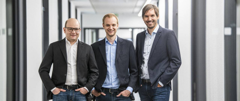 The TUM graduates Bastian Nominacher, Alexander Rinke and Martin Klenk (from lef
