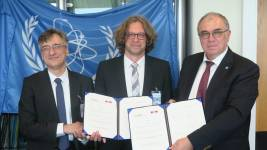 Andreas Mortensen and Andreas Pautz from EPFL,with Mikahil Chudakov, IAEA Deputy