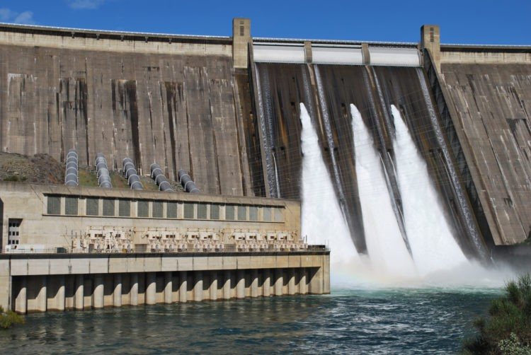 Shasta Dam would be raised by 18.5 feet under a plan coming from Washington. Sta