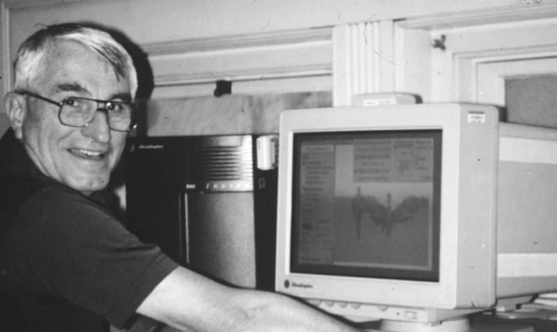 Harbaugh at his computer in 1992, some 30 years after he began his groundbreakin