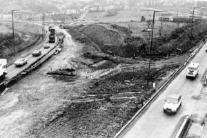 Demolition. The photo shows the current site of the Three Lamps junction