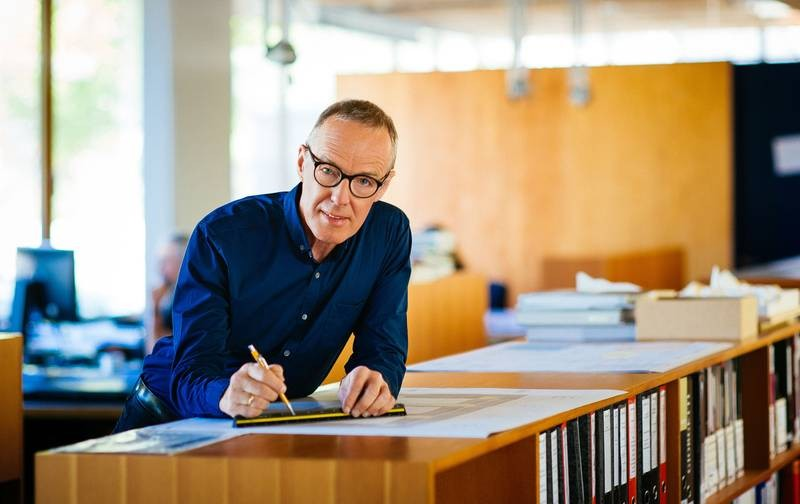 Since 2002, Hermann Kaufmann is  for Architectural Design and Timber Constructio